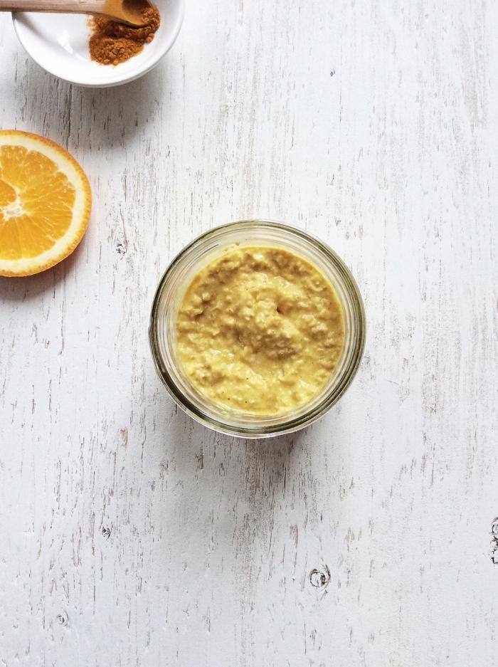 masque visage maison bouton et point noir à la cannelle, orange et miel pour une peau nette et saine, recette de masque anti-inflammatoire adapté aux peaux sensibles et acnéiques