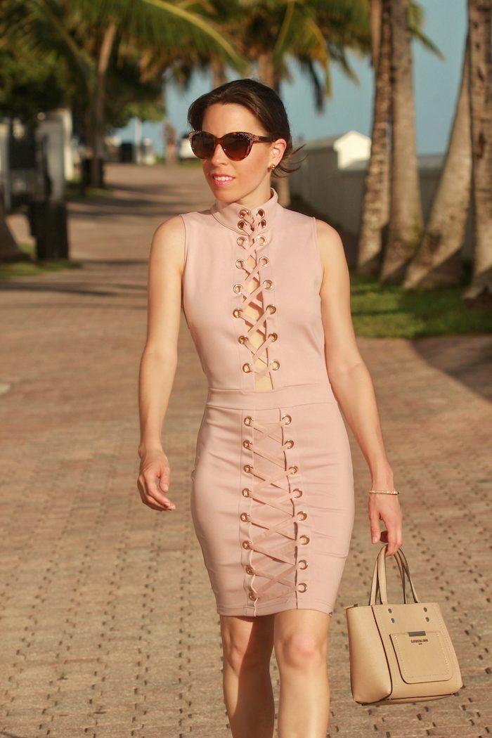 Robe legere robe droite rose pale stylée tenue été à choisir adopter la robe d'été