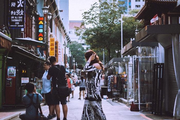 Street style tenue femme simplicité bohème robe longue boheme robe longue hippie chic