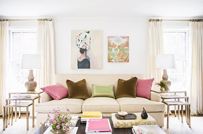 Simple idée chambre rose poudré et taupe chambre gris et rose aménagement salon canapé blanche coussins roses