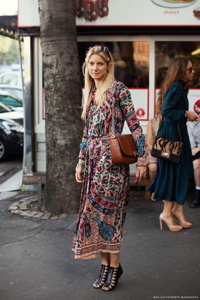 Vetement hippie chic robe longue hippie chic femme beauté idée tenue simple street style sandales a talon