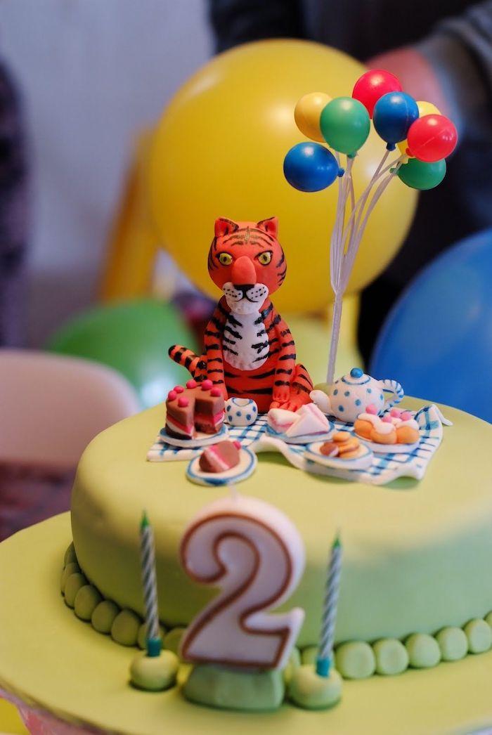 Design gateau anniversaire garçon dessert facile et rapide gateau sans sucre idee 2 ans tigre pique nique sur le gateau