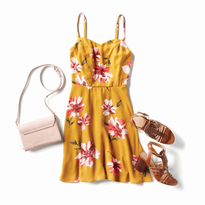 Robe bretelle robe légère été tencance comment adopter le style bohème robe courte jaune à fleurs