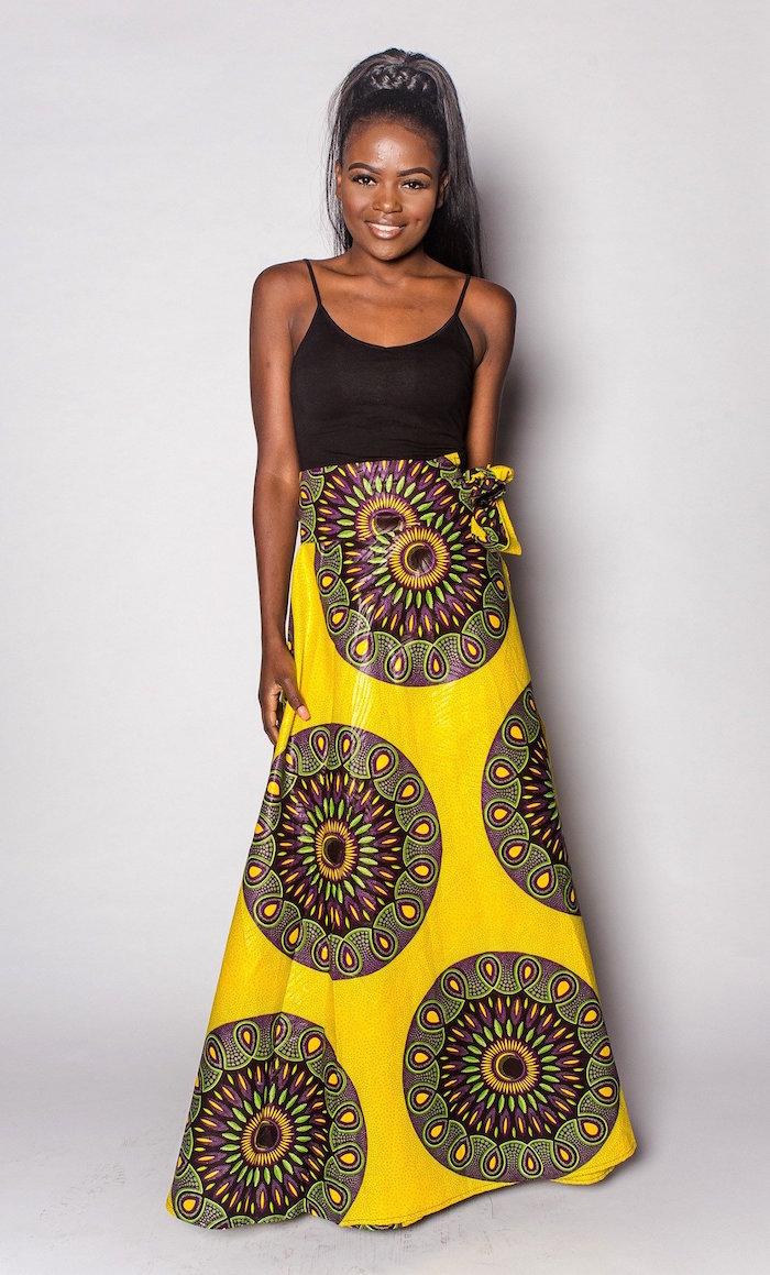 longue jupe wax africaine jaune style vetement pagne africain avec débardeur noir