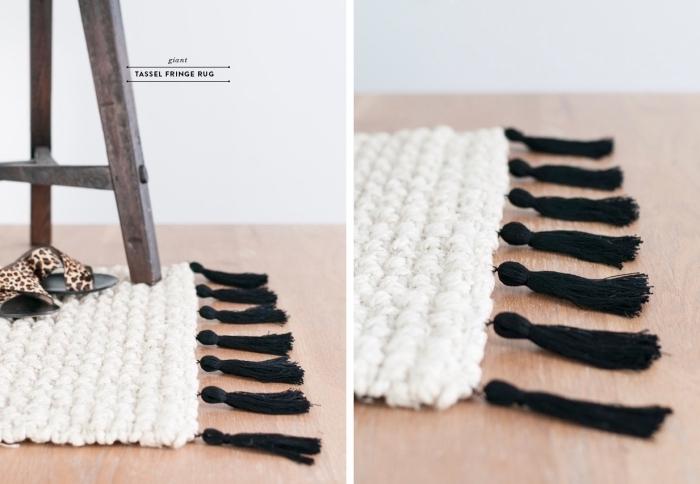 fabriquer un tapis diy facile, modèle de tapis blanc avec tassels noirs, objet diy pour une déco chambre ado facile