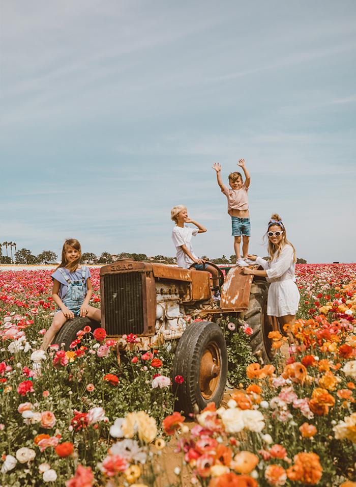 Robe champetre chic mariage champetre tenue belle idée tenue confortable femme et enfants mignons au champ de fleurs