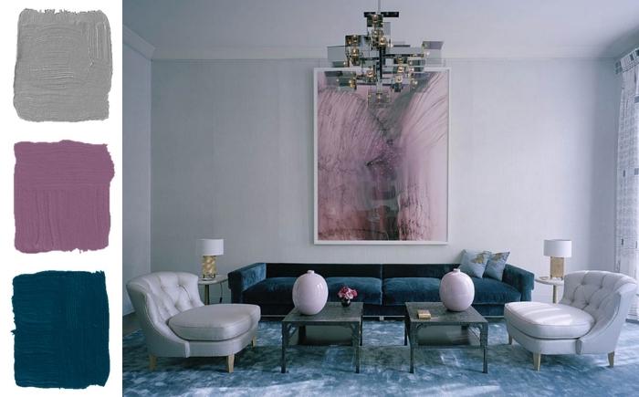 déco salon bleu et gris sublimé par des touches de mauve pour une ambiance contemporaine et élégante