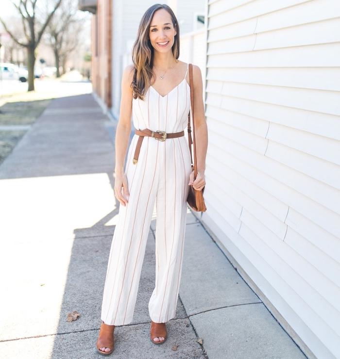 comment porter une combinaison pantalon femme de style casual chic, modèle de combipantalon blanc avec bretelles