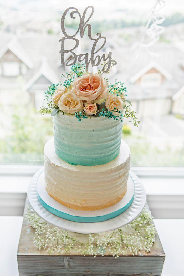 Delicieux gateau femme enceinte gateau baby shower gâteau bébé biberon deux etages gateau oh bebe fleur pour décoration