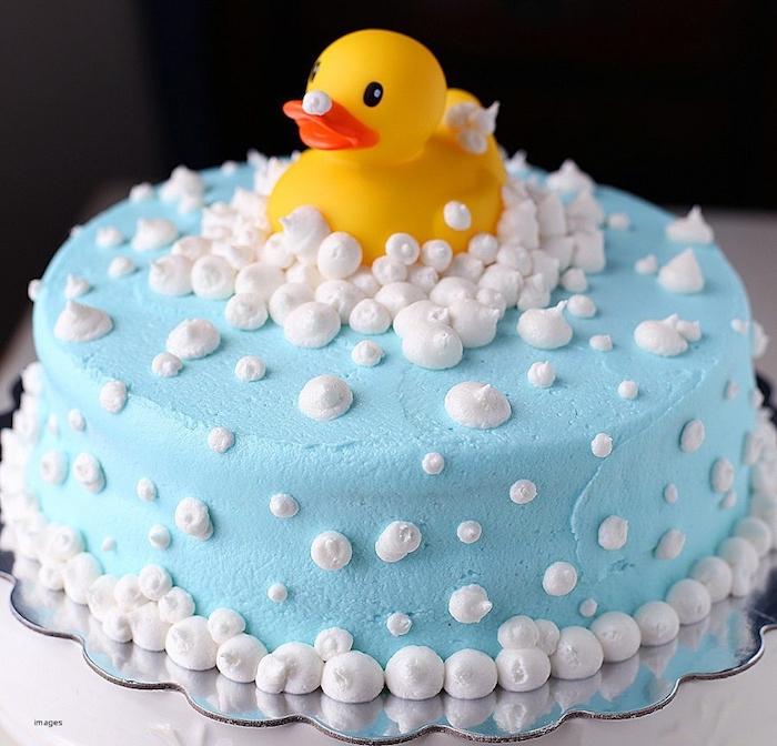 Fête bébé gateau baby shower garcon deviner gateau baby shower fille ou garçon canard jaune pour la bain cool idée originale