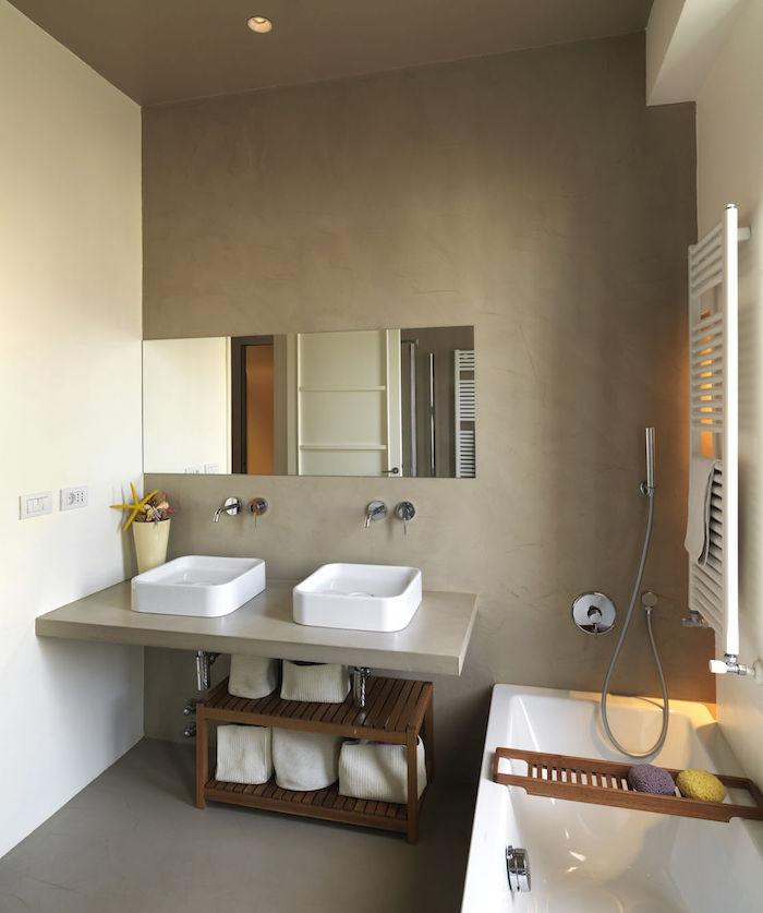 idée rénovation de sdb avec sol et mur en beton ciré gris taupe beige avec double lavabo