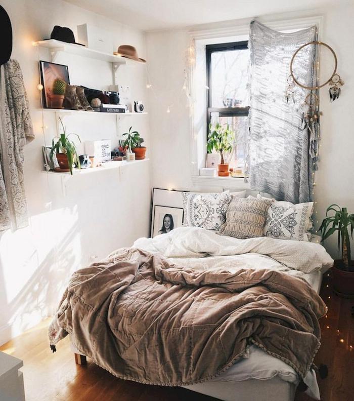Deco chambre moderne, amenagement petite chambre, lit confort, mobilier petite chambre bohème chic