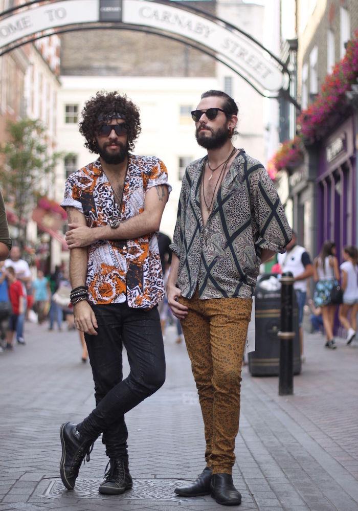 tenues bohème chic homme avec vetements retro kitsch 80 pour hipster à carnabay street londres