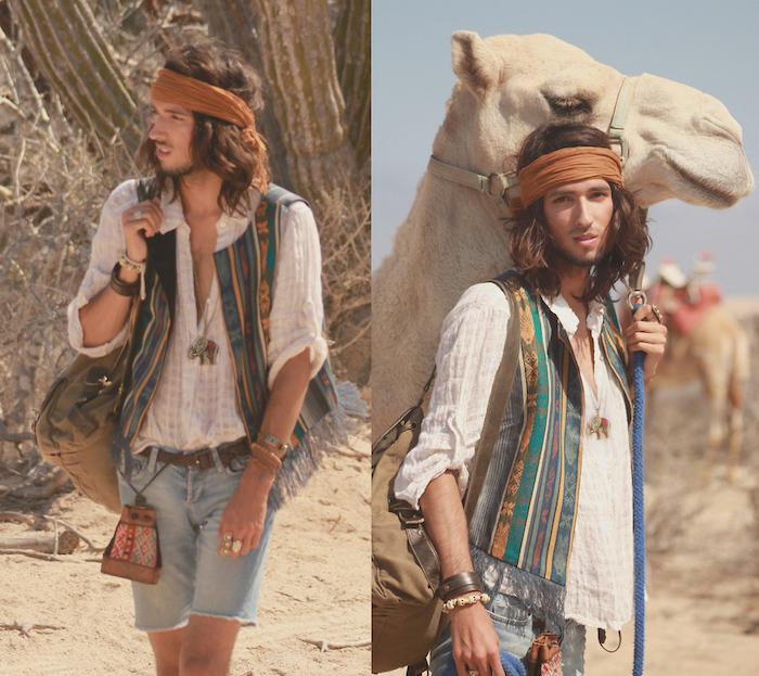 tenue hippie été homme avec gilet en couleurs et foulard dans les cheveux