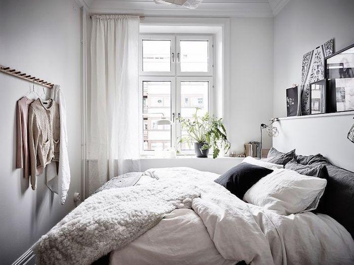 Deco chambre mansardée, aménager une petite chambre style scandinave, miniature chambre cosy