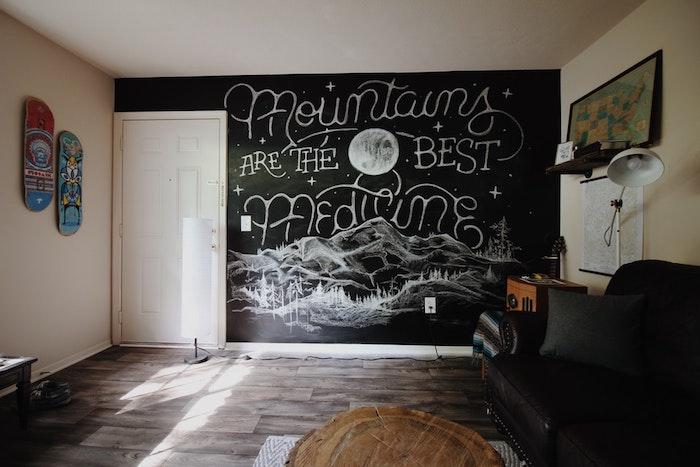 Les montagnes sont le meilleur medicine citation et dessin pour le papier peint photo chambre ado