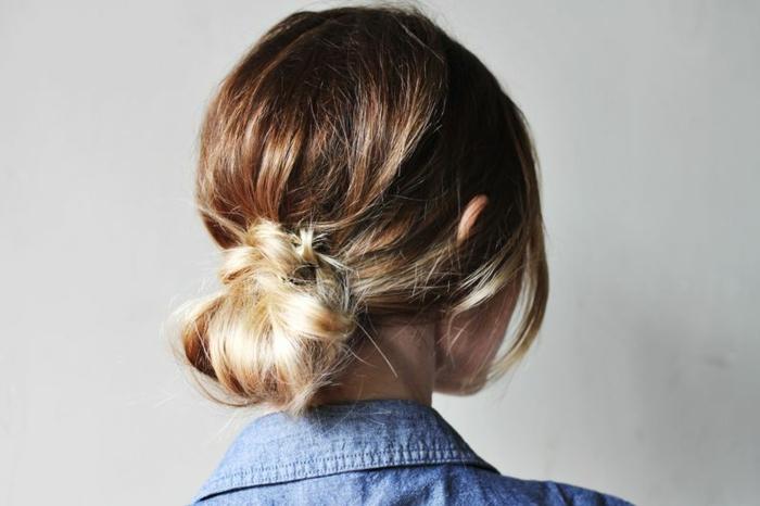 balayage cheveux blond, chignon flou facile, comment se faire une coiffure chic