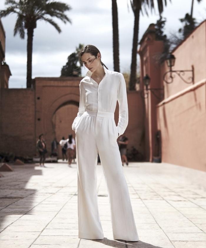 exemple de combinaison fluide femme de couleur blanche aux manches longues et pantalon à design fluide
