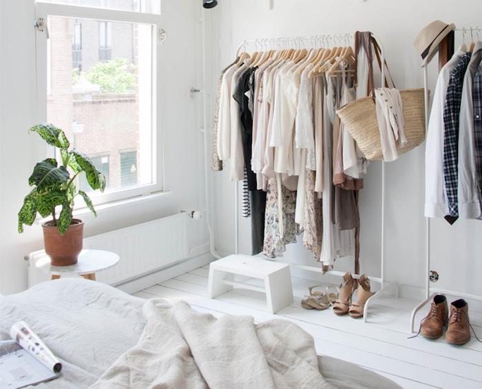 les meilleures id es d co petite chambre adulte trouvez les trucs et les astuces des designers. Black Bedroom Furniture Sets. Home Design Ideas