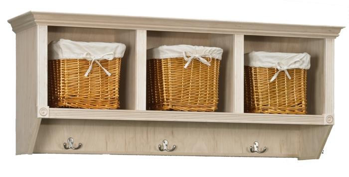comment repeindre un meuble sans le poncer, meuble de rangement pour les épices dans la cuisine, trois éléments en métal clair pour y suspendre les serviettes