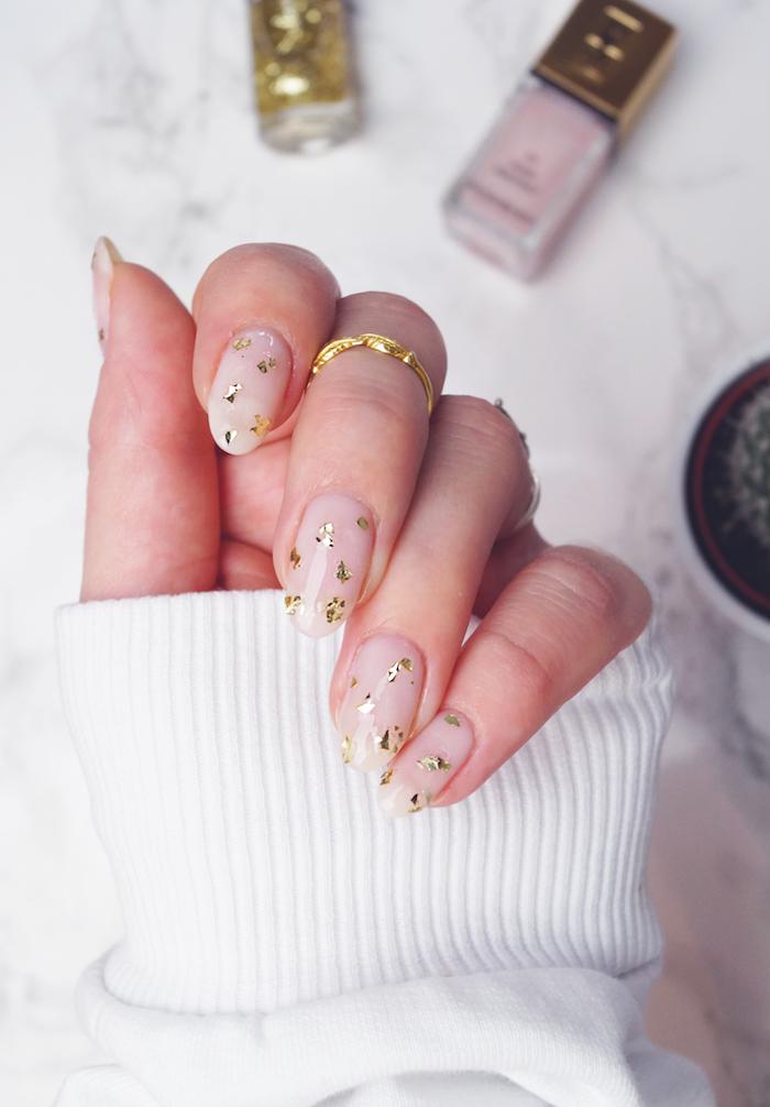 Design ongle original, idee ongle pour femme, deco tendance été 2018, exemple deco ongles doré