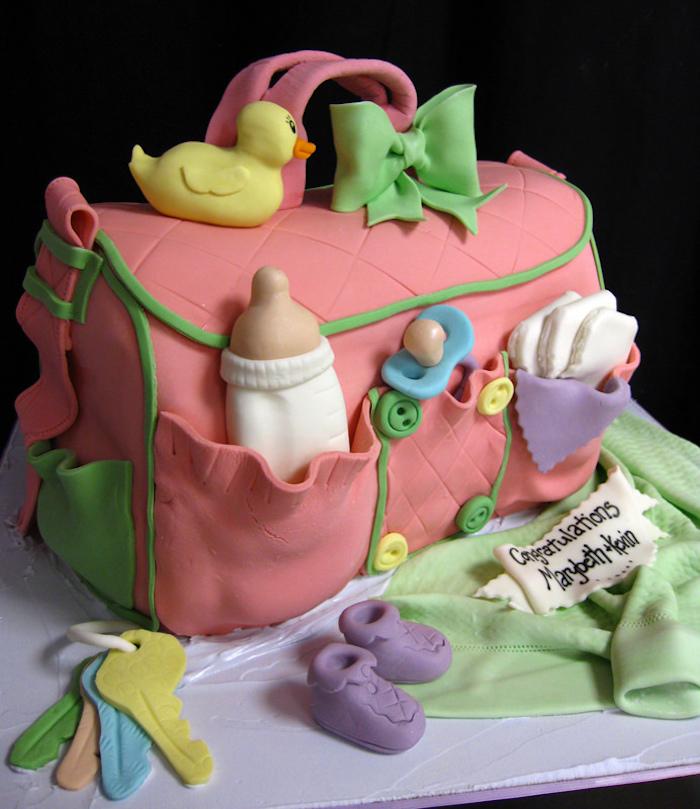 Comment décorer un gâteau pour chaque occasion cool idée beau gateau sac de maman pour le bebe decoration pate a sucre canard biberon petits chaussettes bebe