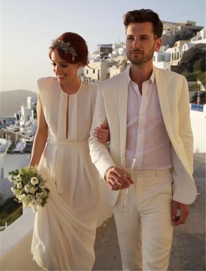 costume mariage homme beige léger en lin pour santorin en été
