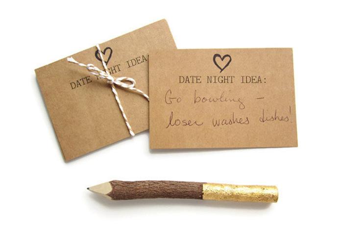 Idée evjf idée enterrement de vie de jeune fille soiree entre amies la futur mariee cartes suggestion de date
