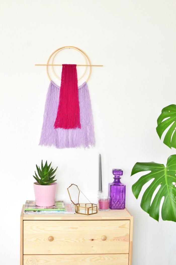intérieur chambre ado avec objets personnalisés, projet diy facile pour ado, modèle de suspension murale en fils