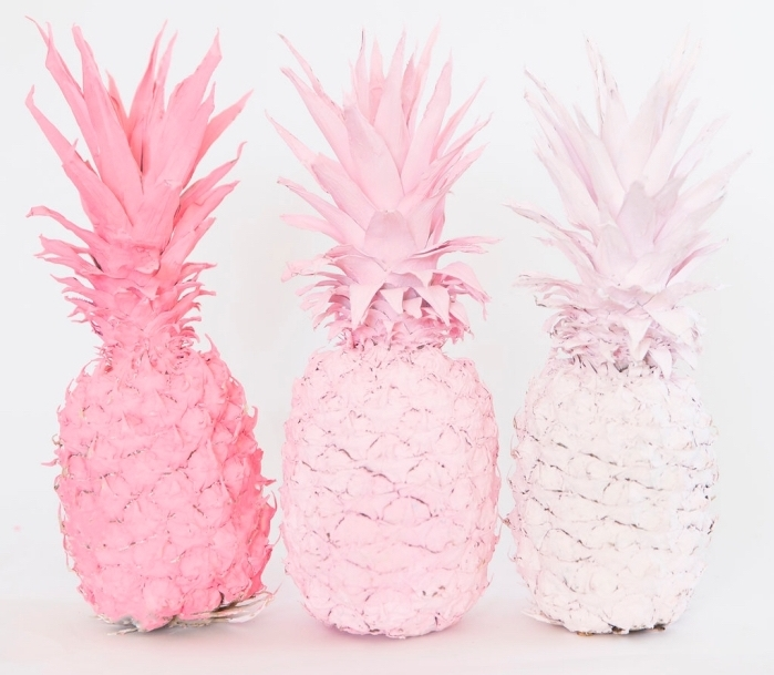 exemple de figurines estivales à design ananas colorés, activité manuelle facile et rapide avec fruits et peinture