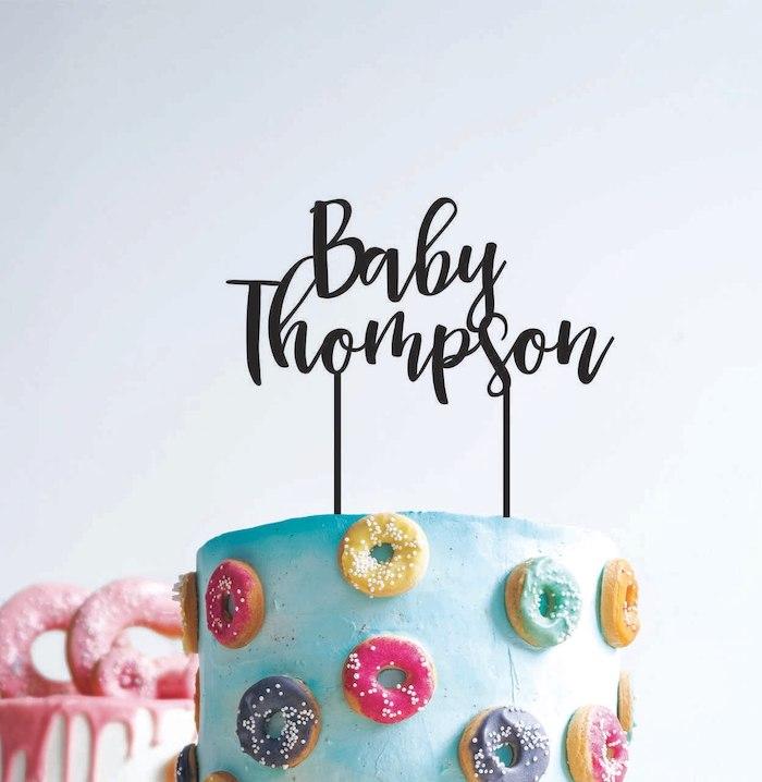 Quel gateau préparer pour bebe gateau femme enceinte party pour la naissance la famille thompson originale idee decoration personnalisee