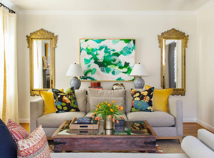 Canapé cosy avec beaucoup d oreillers deco cocooning décorer son salon aménagement salon simple