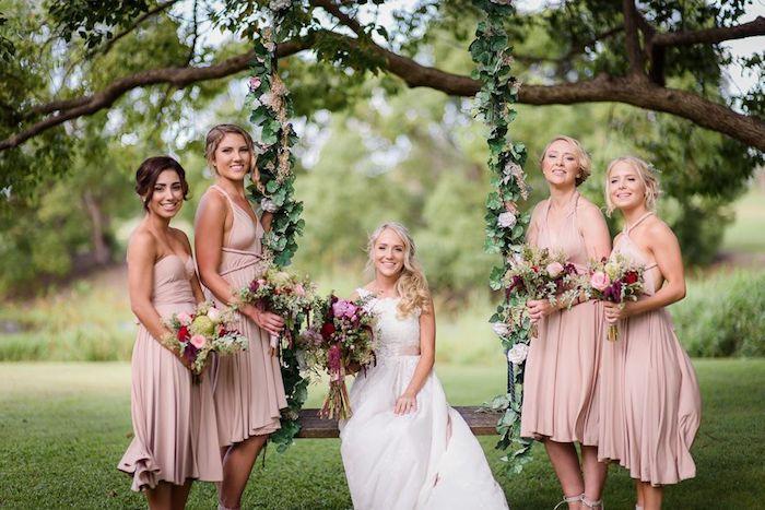 Robe champetre vintage belle robe tendance pour mariage femme bien habillée robes courtes rose pale demoiselle d honneur et la mariée