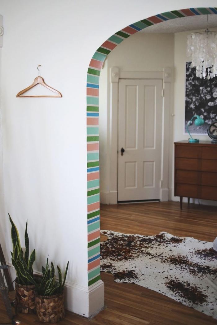 Idee encadrement free miroir avec encadrement bois with - Idee deco peinture porte et encadrement ...