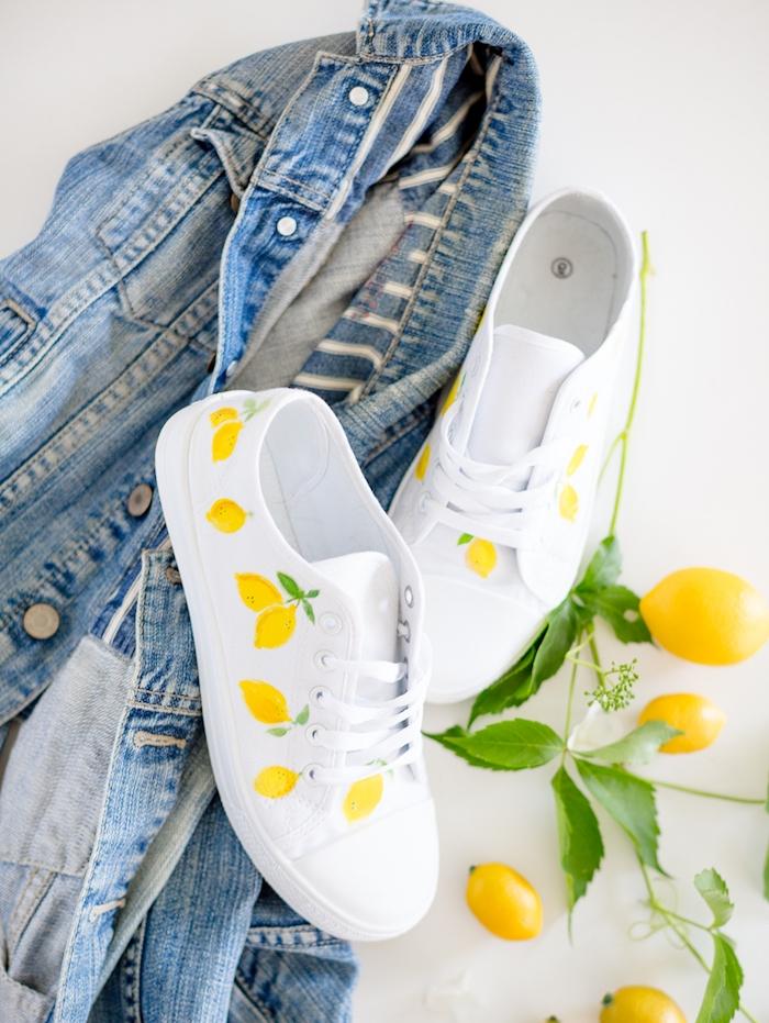 comment customiser un basket soi meme avec un motif citron dessiné en peinture jaune, cadeau copine, meilleure amie, soeur