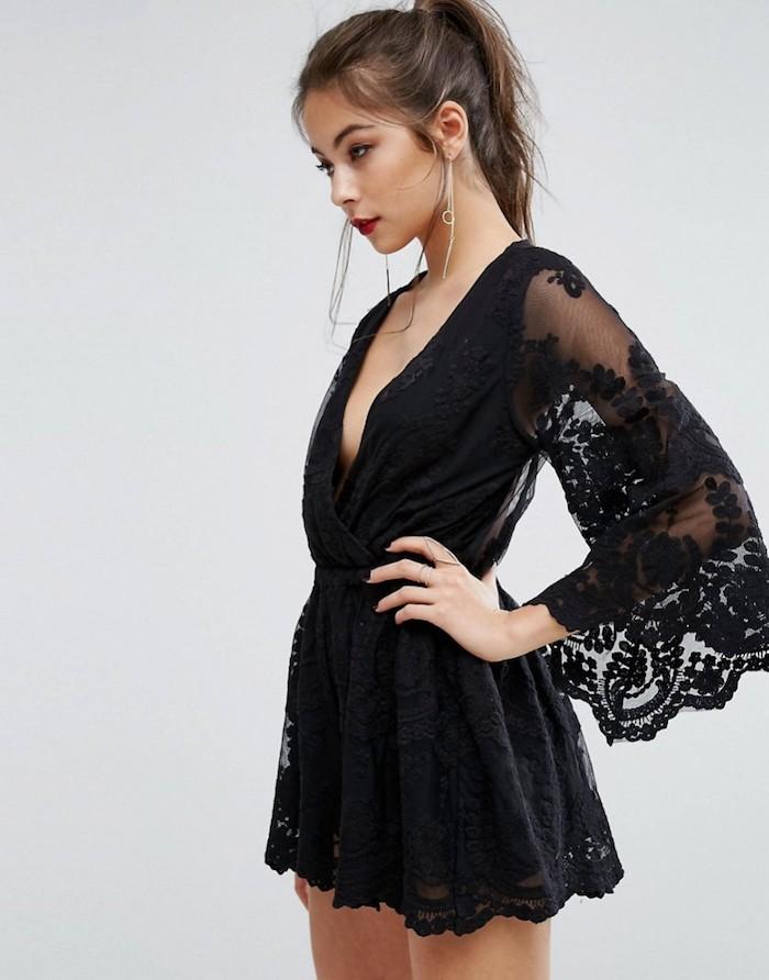 Combishort dentelle, combinaison de soirée pour mariage féminine tenue, comment s'habiller en été, combishort dentelle noire, manche longue