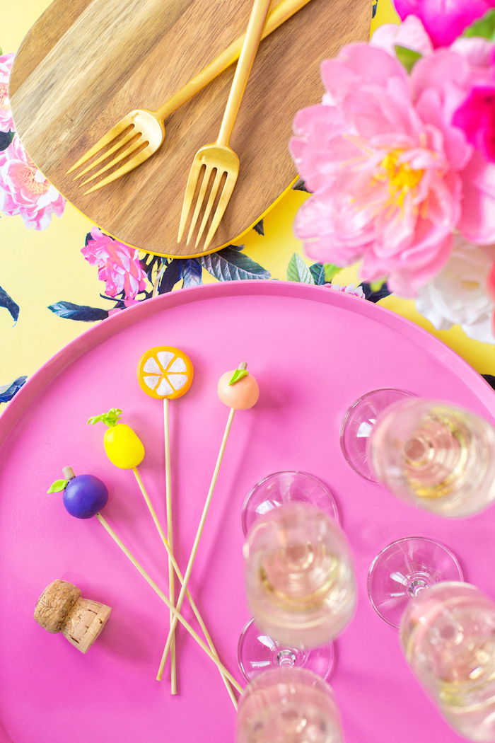 Decoration anniversaire fille deco anniversaire fille idée comment decorer fruits colorée décoration