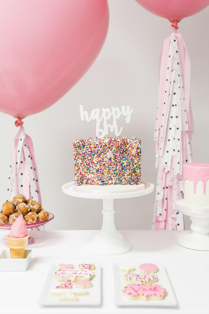 Diy anniversaire decoration de table pour anniversaire belle idée de déco diy roses ballons gateaux gourmandes