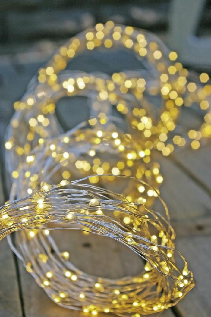 décoration en couleur doré, guirlande lumineuse pour chambre, guirlande lumineuse interieur, guirlande a pile pour accessoiriser des coins trop épurés