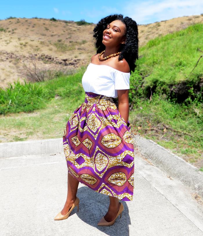 jupe africaine wax large violet et or coupe large mi longue avec top blanc