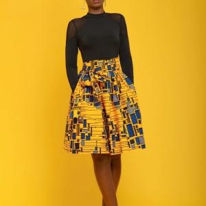 Jupe africaine – des rues d'Accra aux podiums de Paris