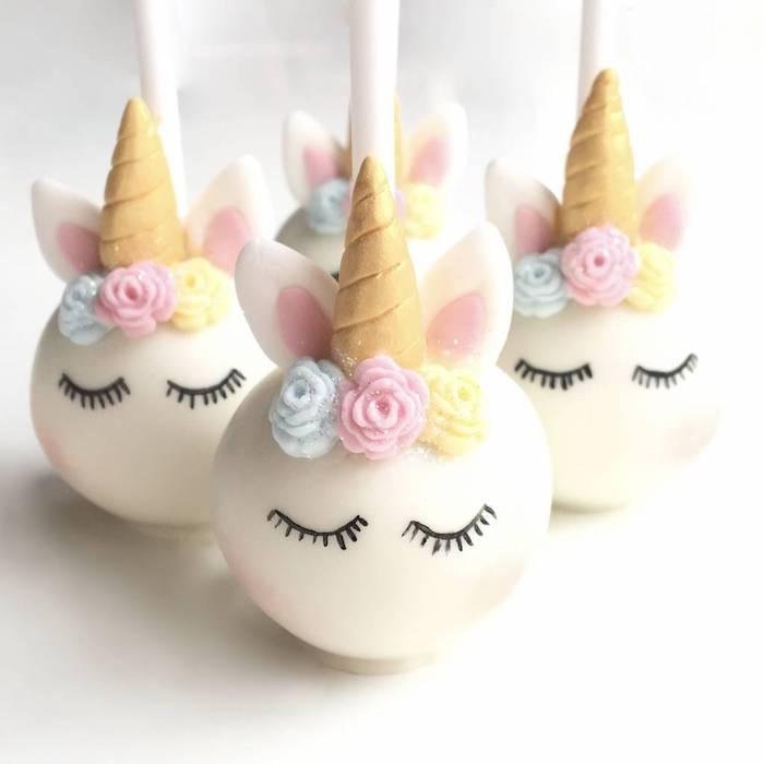 adorable idée de gâteau individuelle à la forme de licorne, fête prénatale gâteau originale