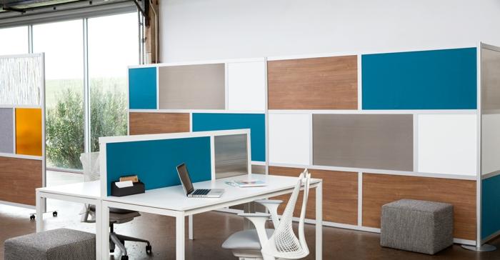 customiser meuble, bureau avec des meubles arty, bureaux blancs avec petit séparateur d'espace en couleur bleu canard et métal blanc