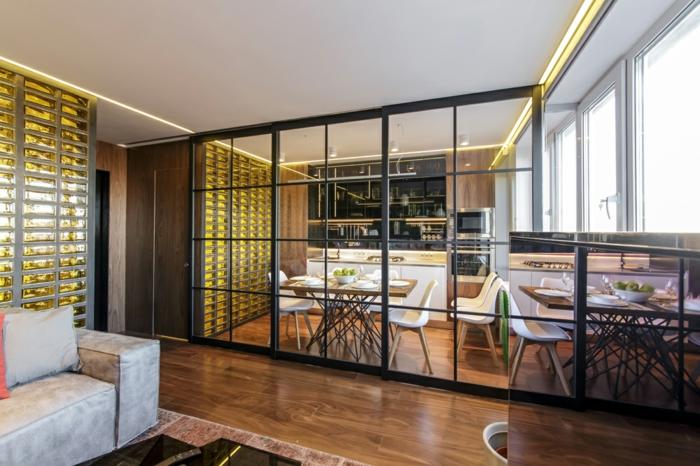 cuisine ouverte sur salon, verriere cuisine en noir, sol en bois, équipement de cuisine scandinave