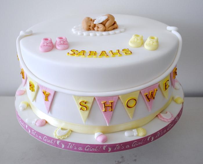 gâteau baby shower décoration gateau baby shower fête prénatale, bébé sarah