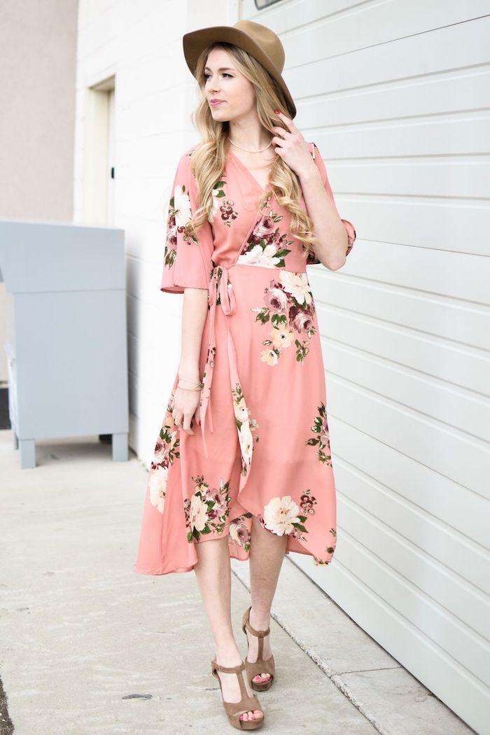 Robe d'invitée mariage champetre robe rose fleurie moderne quelle robe champetre choisir pour se sentir bien comme invité confort et style