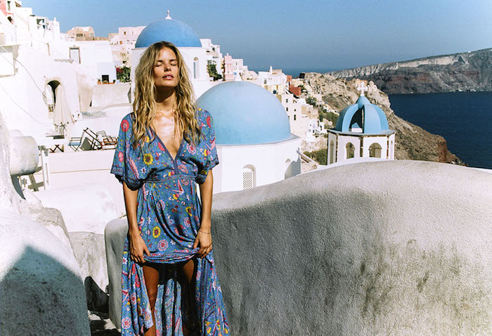 Bohème robe pour assister a un mariage champêtre robe de vacances à Santorini belle photo de vacances robe longue fleurie