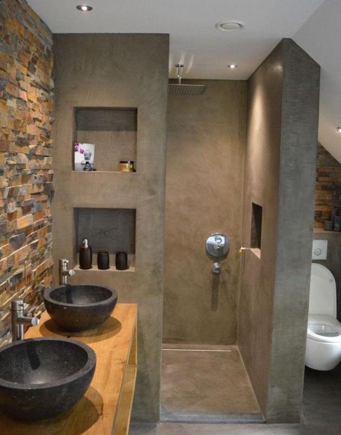 modele decoration sdb wc avec murs de douche italienne en béton gris anthracite avec etageres incorporées