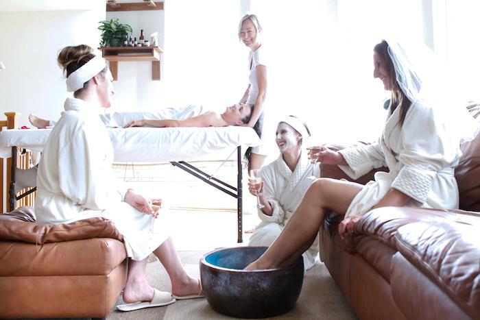 Activité enterrement de vie de jeune fille activité evjf simple à organiser fête spa relax idée chouette pour le weekend