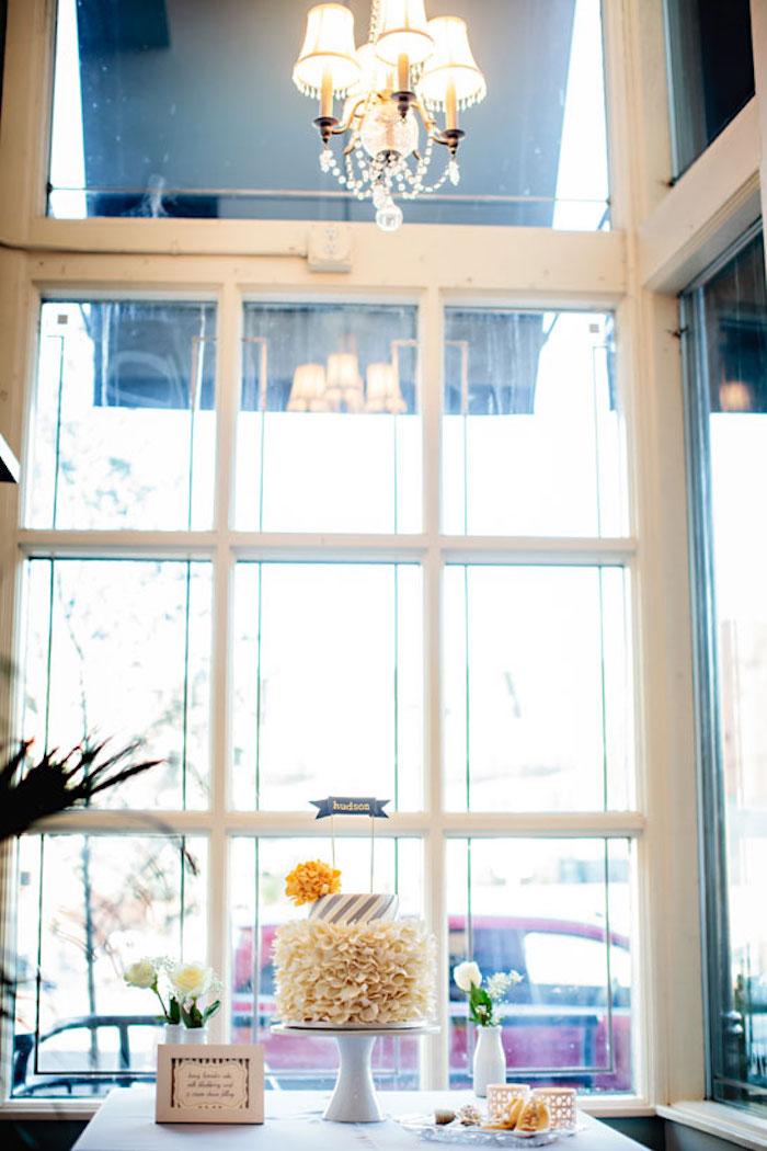 gateau femme enceinte gateau baby shower fille ou garcon original table avec gateau
